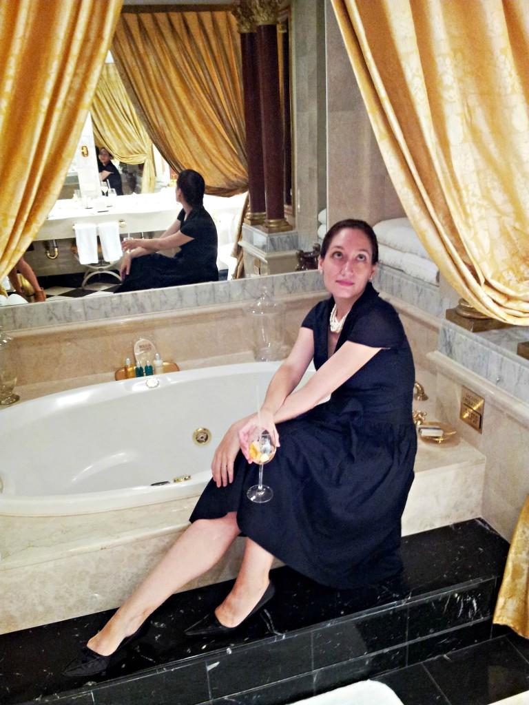 New York Palace bathroom